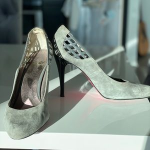 Paris Hilton Gray Suede Pumps Sz 11